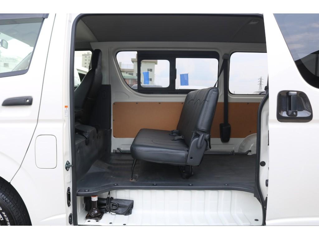 4型DXガソリン2WD・トヨタTECS製リフト付きバン入庫♪